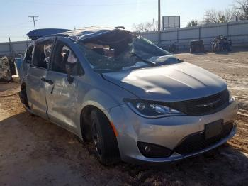 Salvage Chrysler Pacifica